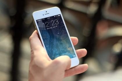 Nowa choroba - kciuk telefonisty